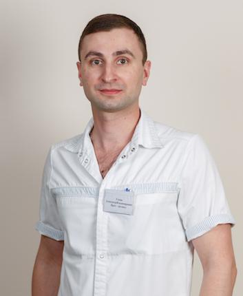 Уткин Александр Владимирович врач-ортопед